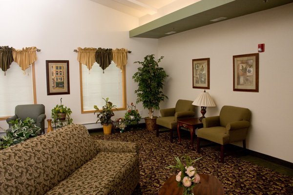 Living room at Meadow Ponds Assisted Living