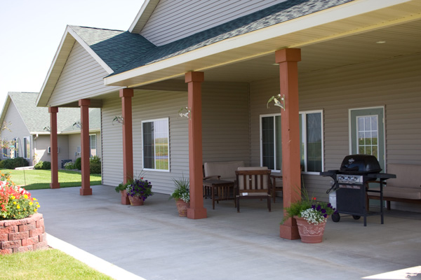 Patio at Meadow Ponds Assisted Living